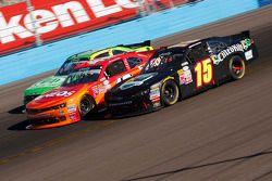 Korbin Forrister, dan Kyle Larson, Hscott Motorsports Chevrolet, dan Chris Buescher, Roush Fenway Ra