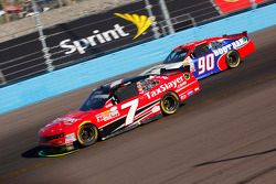 Regan Smith, JR Motorsports Chevrolet y Mario Gosselin, King Autosport Chevrolet