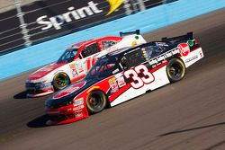 Austin Dillon, Richard Childress Racing Chevrolet and Ryan Reed, Roush Fenway Racing Ford