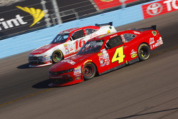 Ross Chastain, JD Motorsports Chevrolet y Ryan Reed, Roush Fenway Racing Ford