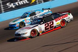 Brad Keselowski, Team Penske Ford and Joey Gase, Jimmy Means Racing Chevrolet