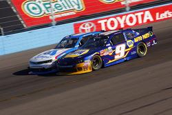 Chase Elliott, JR Motorsports Chevrolet y Brian Sott, Richard Childress Racing Chevrolet