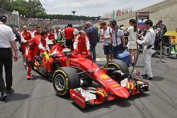 Kimi Raikkonen, Ferrari SF15-T on the grid