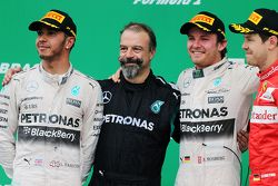 Nico Rosberg, Mercedes AMG F1 W06, Lewis Hamilton, Mercedes AMG F1 W06 e Sebastian Vettel, Ferrari