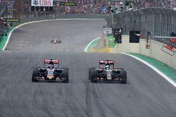 Romain Grosjean, Lotus F1 Team e Max Verstappen, Scuderia Toro Rosso