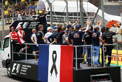 The drivers parade pays tribute to the Paris terrorist attack victims