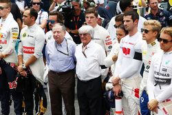 (L to R): Jean Todt, FIA President and Bernie Ecclestone, as the grid observes a minutes silence for World Day of Remembrance for Road Traffic Victims and the victims of the Paris terrorist attacks