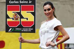 La Grid Girl de Carlos Sainz Jr., Scuderia Toro Rosso
