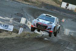 Hayden Paddon en John Kennard, Hyundai i20 WRC, Hyundai Motorsport