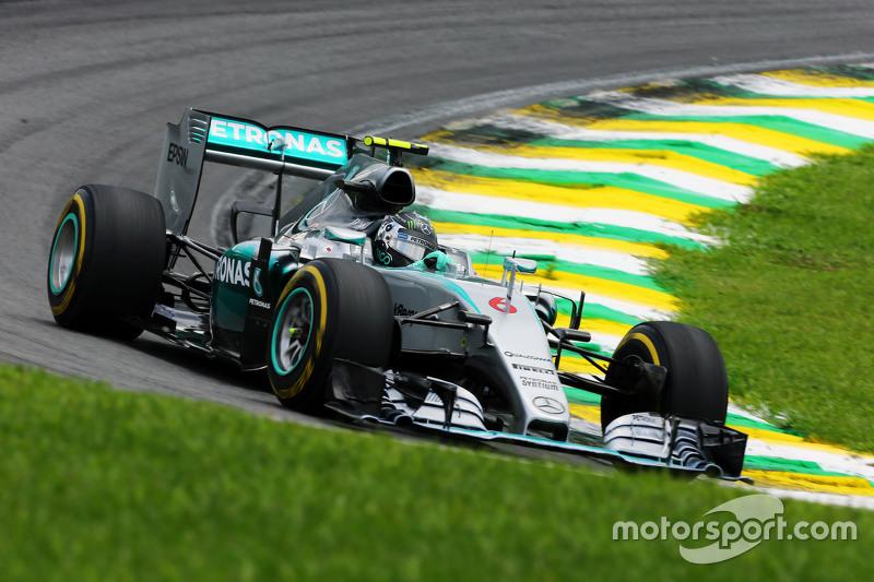 Mercedes, 2015: 322 pontos, seis vitórias, 2º no campeonato