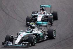 Nico Rosberg, Mercedes AMG F1 W06 y Lewis Hamilton, Mercedes AMG F1 W06