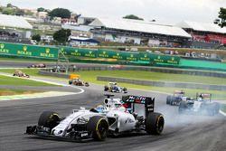 Felipe Massa, Williams FW37 bloque une roue au freinage