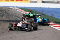 Konstantin Tereshchenko, Campos Racing leads Pal Varhaug, Jenzer Motorsport