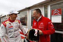 Yves Matton, Directeur de Citroën Racing, avec Kris Meeke, Citroën World Rally Team