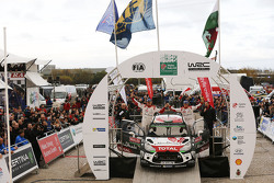 Podium: 2. Kris Meeke und Paul Nagle, Citroën World Rally Team
