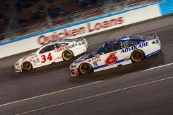 Trevor Bayne, Roush Fenway Racing Ford en Brett Moffitt