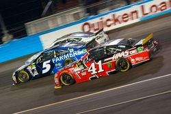Kurt Busch, Stewart-Haas Racing Chevrolet y Kasey Kahne, Hendrick Motorsports Chevrolet