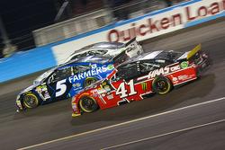 Kurt Busch, Stewart-Haas Racing Chevrolet et Kasey Kahne, Hendrick Motorsports Chevrolet