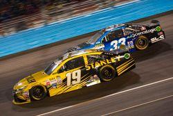 Carl Edwards, Joe Gibbs Racing Toyota en Ryan Ellis