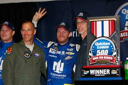 Pemenang balapan, Dale Earnhardt Jr., Hendrick Motorsports Chevrolet