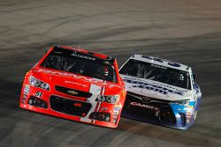 Justin Allgaier, Hscott Motorsports Chevrolet and David Ragan, Michael Waltrip Racing Toyota