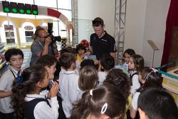 马罗·恩格尔与澳门小学生互动