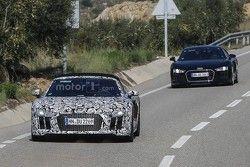 Audi R8 Spyder spyshot