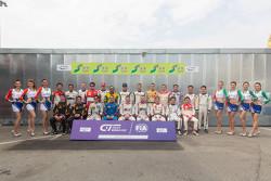 首届FIA GT世界杯合影