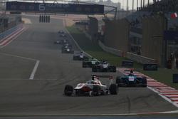 Альфонсо Селіс молодший, ART Grand Prix лідирує  Ральф Бошунг, Jenzer Motorsport