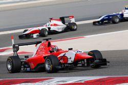 Kevin Ceccon, Arden International leads Alfonso Celis Jr., ART Grand Prix