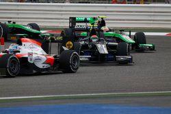 Sergio Canamasas, Team Lazarus leads Oliver Rowland, Status Grand Prix