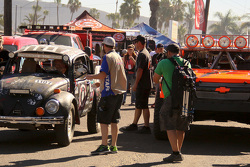 Jim Graham, VW Beetle and Robby Gordon, Chevrolet
