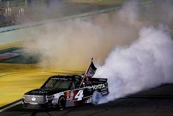 NASCAR Camping World Truck Series 2015 Campeón Erik Jones, Kyle Busch Racing