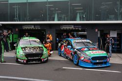 David Reynolds, Rod Nash Racing Ford and Cameron Waters, Prodrive Racing Australia Ford