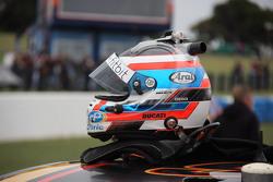 Helm Will Davison, Erebus Motorsport Mercedes