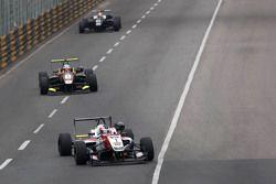 Felix Rosenqvist, Prema Powerteam Dallara Mercedes-Benz leads