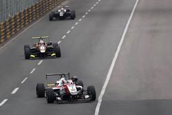 Felix Rosenqvist, Prema Powerteam, Dallara Mercedes-Benz leads