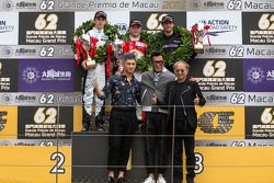 Podium: winner Felix Rosenqvist, Prema Powerteam, second place Charles Leclerc, Van Amersfoort Racin
