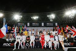 صورة جماعيّة للسائقين