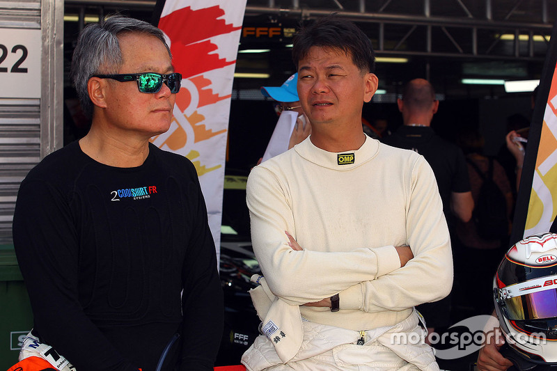 Keith Chan, SEAT Leon, Target Competition; Johnson Huang, SEAT Leon, Roadstar Racing Team