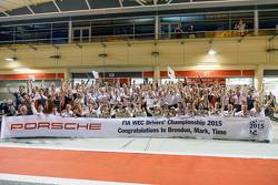 Porsche Takımı 2015 şampiyonluğunu kutluyor