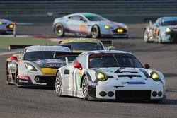 #91 Porsche Team Manthey Porsche 911 RSR: Рихард Лиц, Микаэль Кристенсен