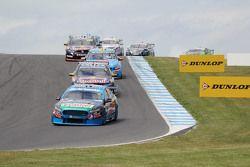 Start action: Mark Winterbottom, Prodrive Racing Australia Ford