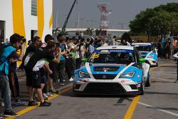 Le vainqueur Stefano Comini, SEAT Leon, Target Competition
