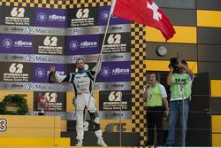 Podium: le vainqueur Stefano Comini, SEAT Leon, Target Competition