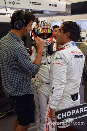 Juan Pablo Montoya with Mark Webber, Porsche Team and Mitch Evans