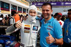 Vutthikorn Inthraphuvasak, Est Cola Racing Team, mit Sven Schnabl