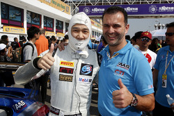 Vutthikorn Inthraphuvasak, Est Cola Racing Team avec Sven Schnabl