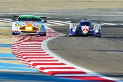 #95 Aston Martin Racing Aston Martin Vantage GTE and #1 Toyota Racing Toyota TS040 Hybrid: Alex Lynn