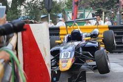 Callum Ilott, Carlin Dallara Volkswagen crash car